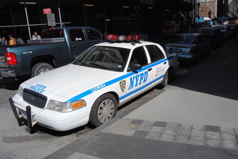 Nowojorski bolid policyjny.
