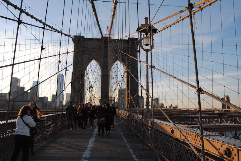 Nie zapomnijmy przespacerować się mostem ;)