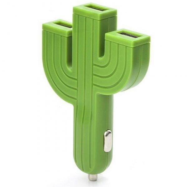 Zielona ładowarka samochodowa kaktus